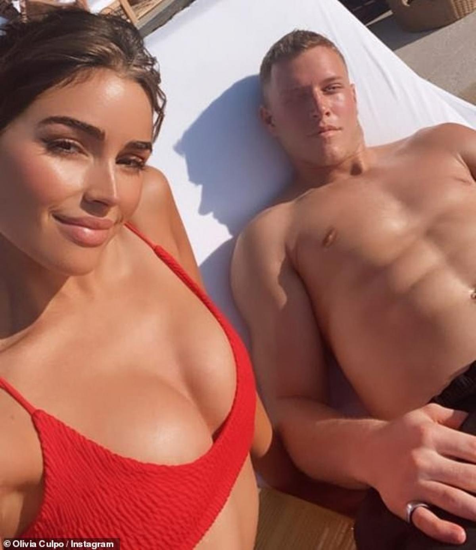 Cặp đôi được cho là hẹn hò từ tháng 7/2019 khi bị bắt gặp đi cùng nhau ởCabo San Lucas (Mexico)./.