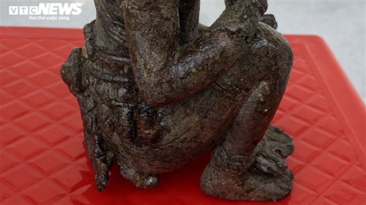 Theo Bảo tàng tỉnh Bạc Liêu, với các yếu tố tạo hình, kỹ thuật chế tác độc đáo cho thấy pho tượng thể hiện giá trị là một tác phẩm nghệ thuật, phản ánh được trình độ của nghệ thuật đúc tượng của vương quốc Phù Nam đã đạt đến độ tinh xảo. (Ảnh: Thanh Tùng)