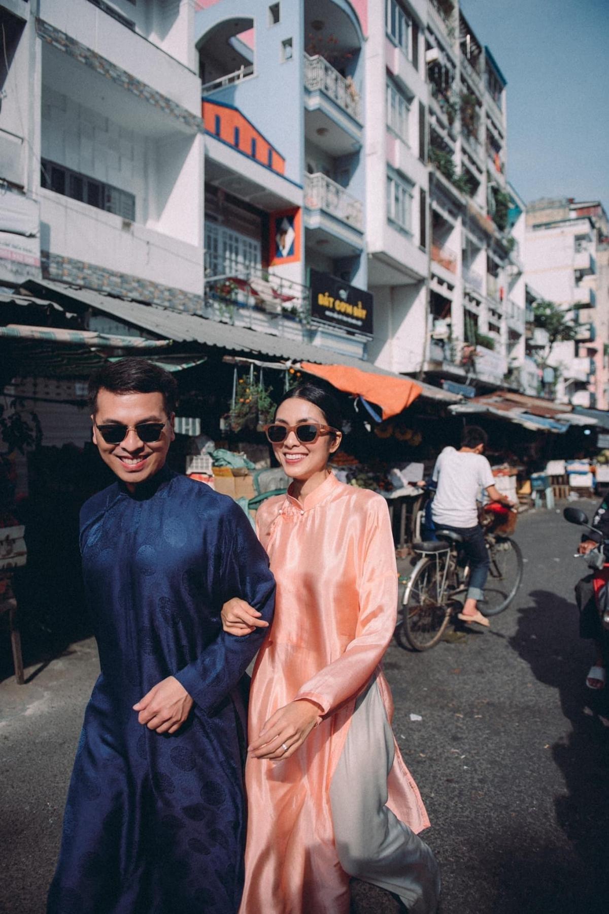 Đồng hành với cô trong bộ ảnh này là người bạn thân - người mẫu, stylist Quang Tuyến.