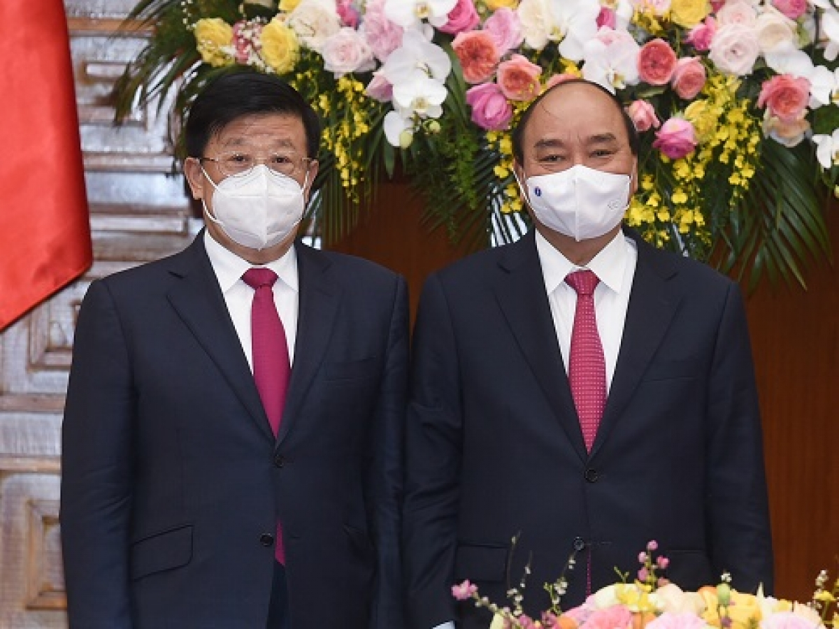 Thủ tướng Nguyễn Xuân Phúc và Bộ trưởng Công an Trung Quốc -Triệu Khắc Chí. Ảnh: VGP