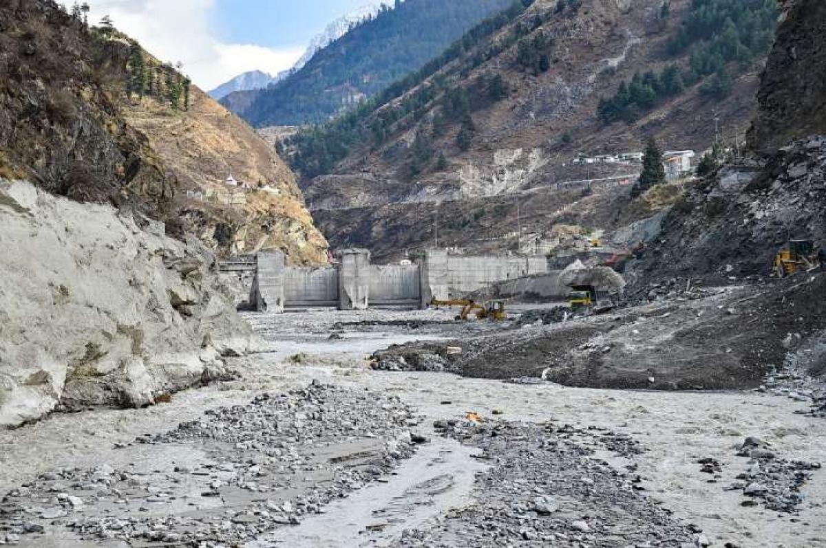 Ấn Độ tiếp tục tìm kiếm trong vô vọng các nạn nhân mất tích trong thảm họa vỡ sông băng. Ảnh: PTI