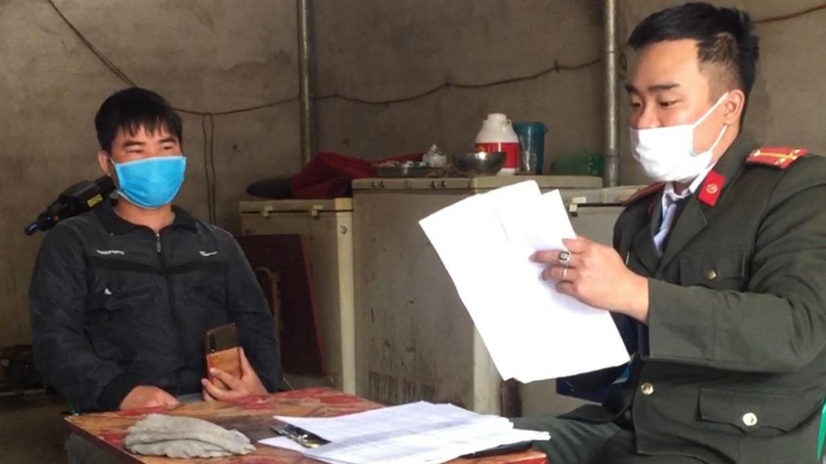 Công an huyện Lục Ngạn xử phạt đối tượng trốn tránh cách ly y tế 7,5 triệu đồng