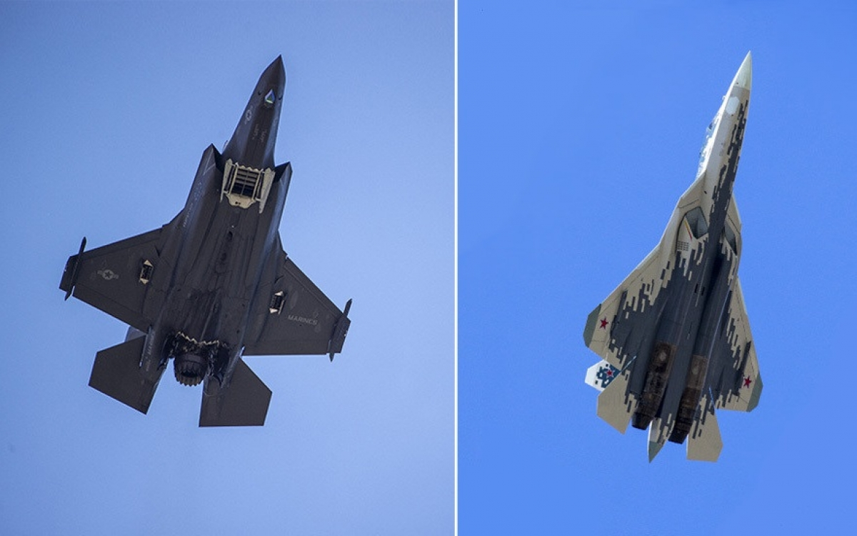 Tiêm kích cơ F-35 (bên trái) và Su-57. Ảnh: AFP, AP.