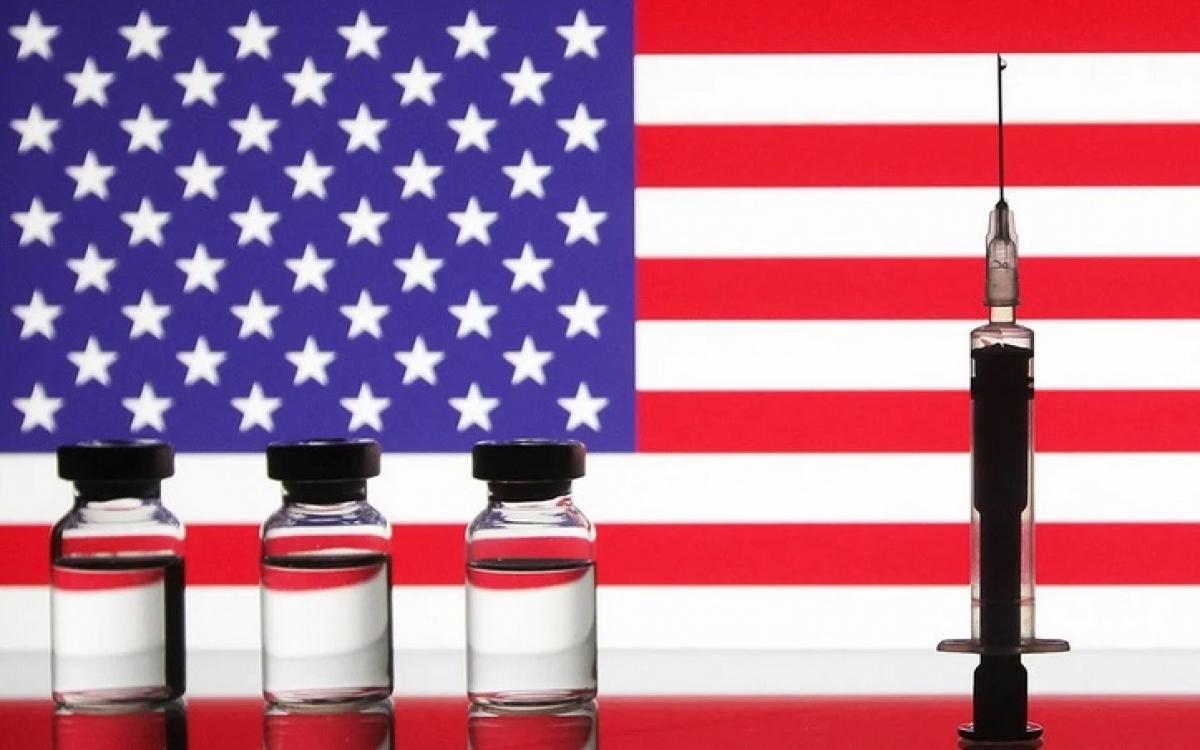 Hình ảnh minh họa về chiến dịch tiêm vaccine Covid-19 ở Mỹ. Đồ họa: NurPhoto.