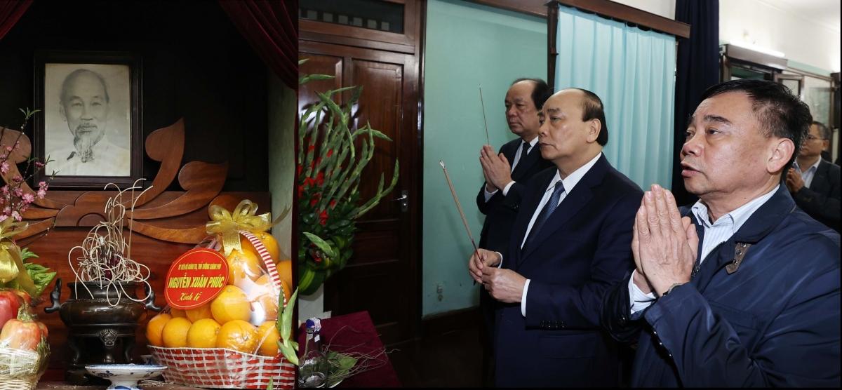 Thủ tướng Nguyễn Xuân Phúc dâng hương tưởng niệm Bác Hồ tại nhà 67. Ảnh: VGP