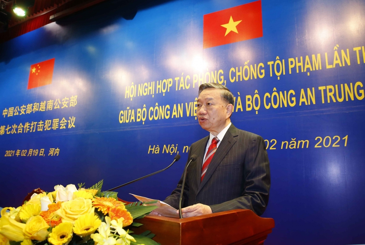 Vietnamese Minister of Public Security General To Lam gives an opening speech at the event