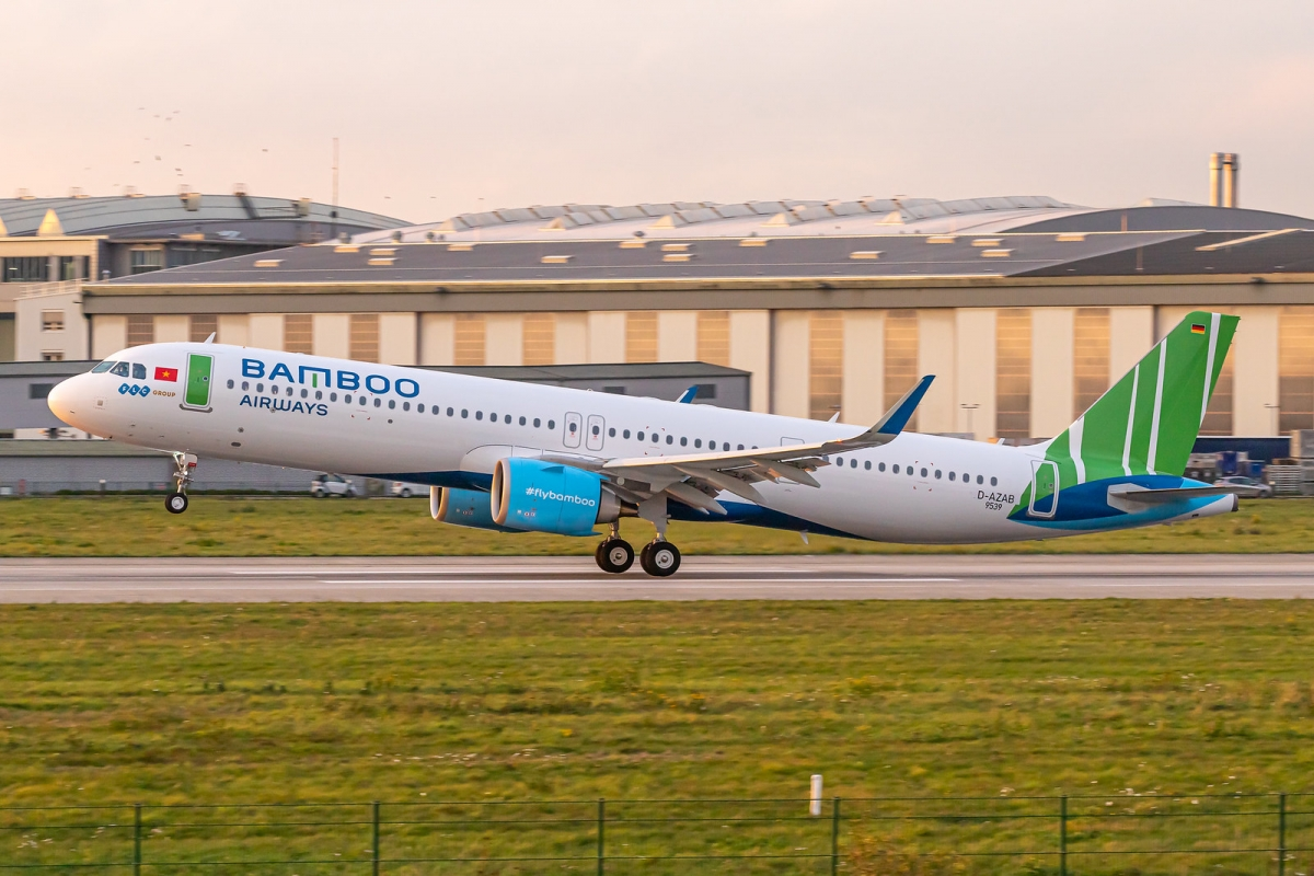 Bamboo Airways là hãng hàng không có tỷ lệ số chuyến bay ổn định nhất so với cùng kỳ, hầu như không đổi.