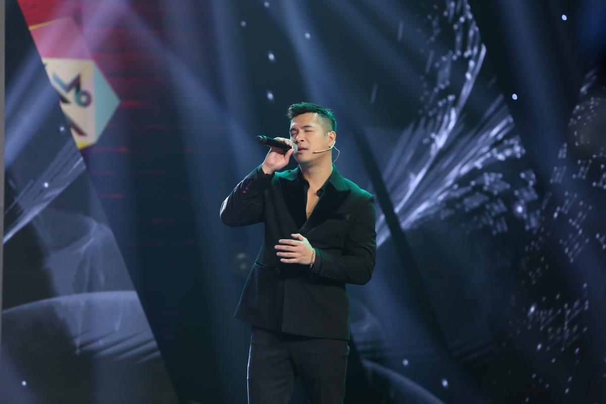 """Trương Thế Vinh khoe giọng với bản hit """"Hoa nở không màu""""."""