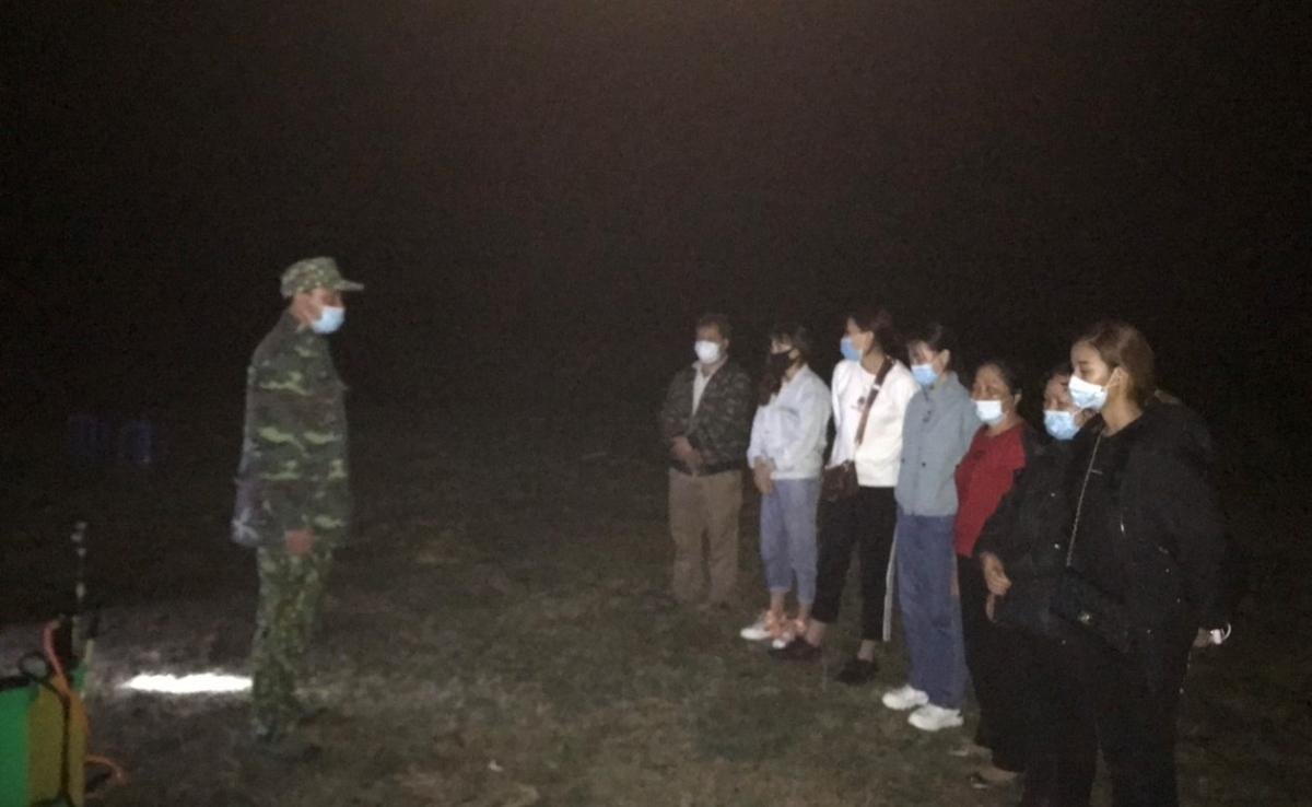Đồn Biên phòng Thị Hoa (huyện Hạ Lang) phát hiện 7 công dân vượt biên trái phép qua khu vực mốc 918.