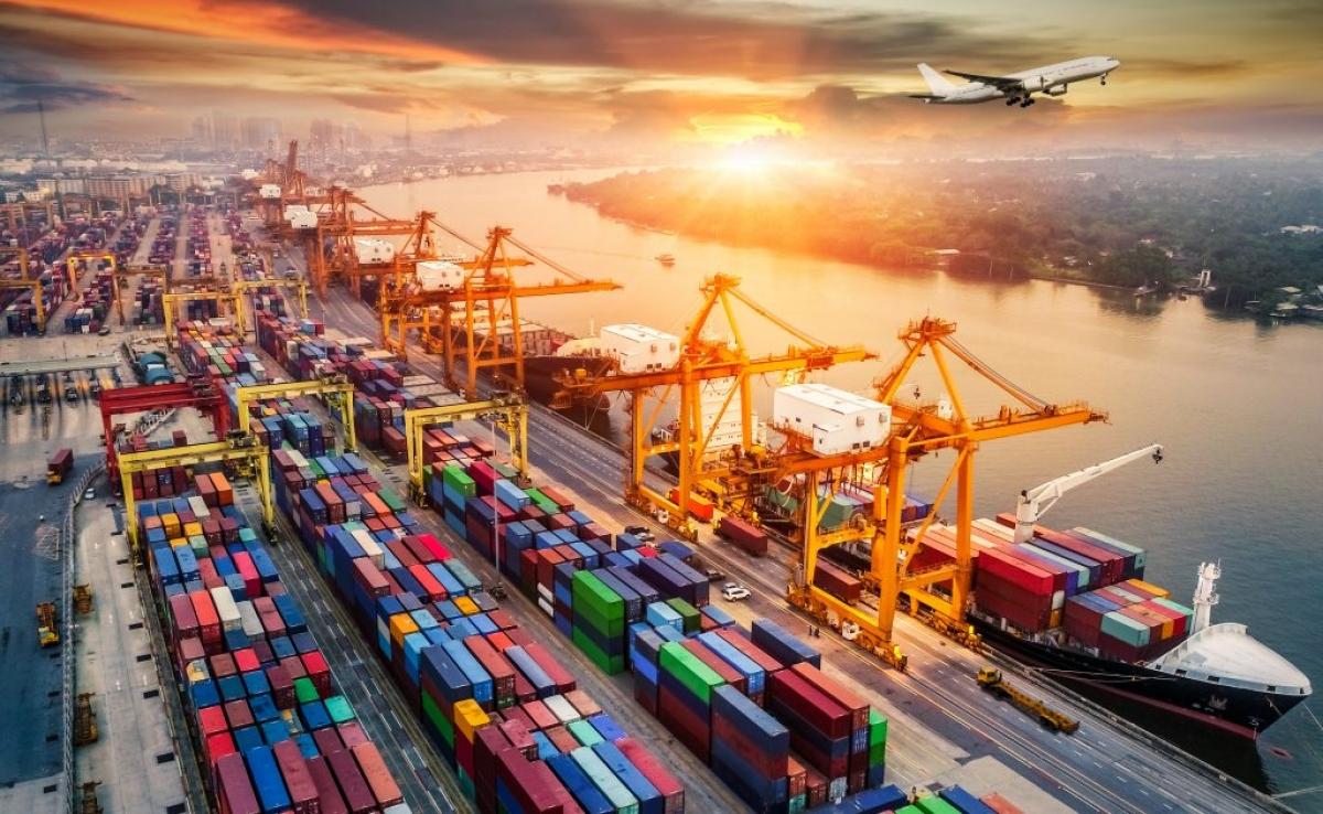 Những vấn đề như chi phí container rỗng gia tăng hoặc thiếu hụt các chuyến tàu, đặc biệt là đi các thị trường châu Âu, châu Mỹ đã làm cho chi phí vận chuyển tăng lên rất nhiều.