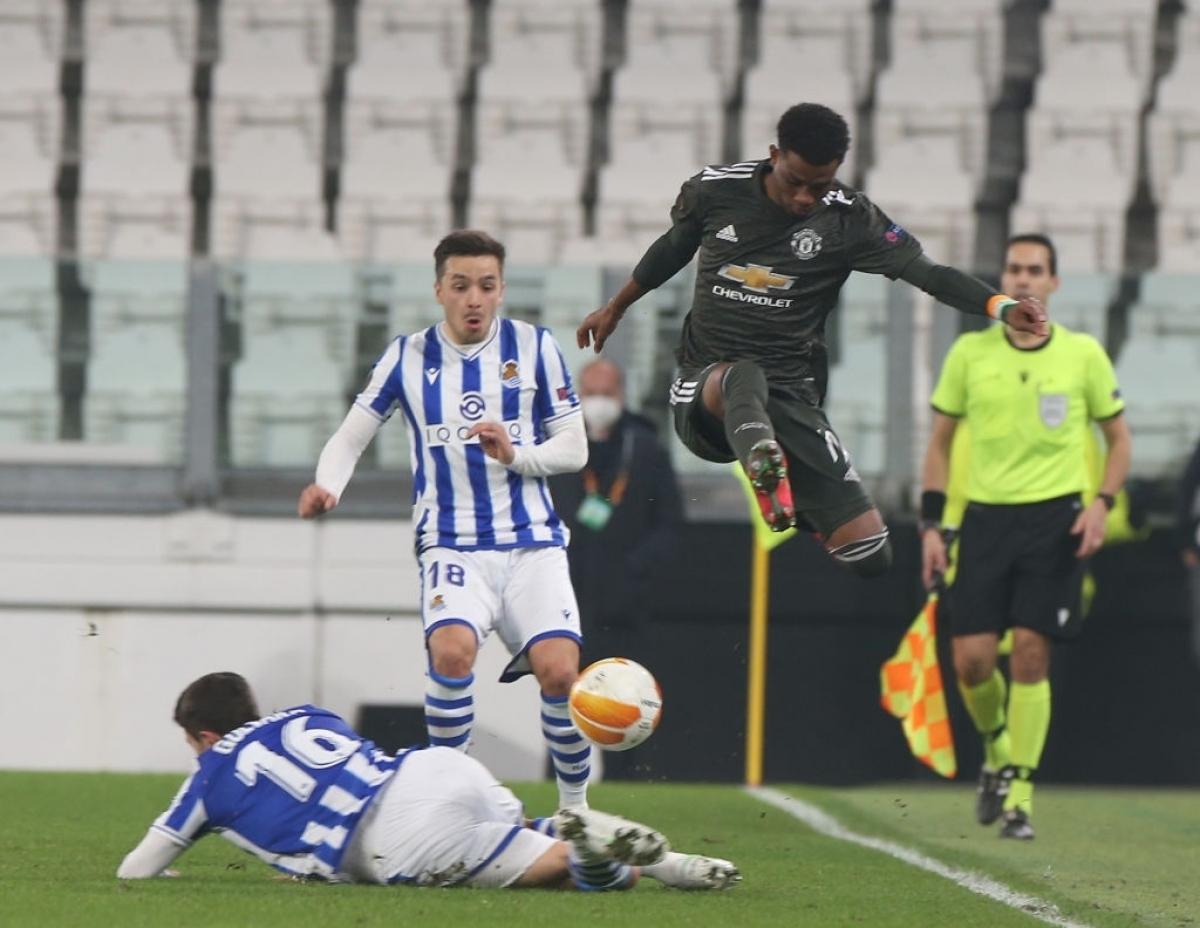 Amad Diallo thi đấu năng nổ ở trận đấu với Sociedad (Ảnh: Getty).