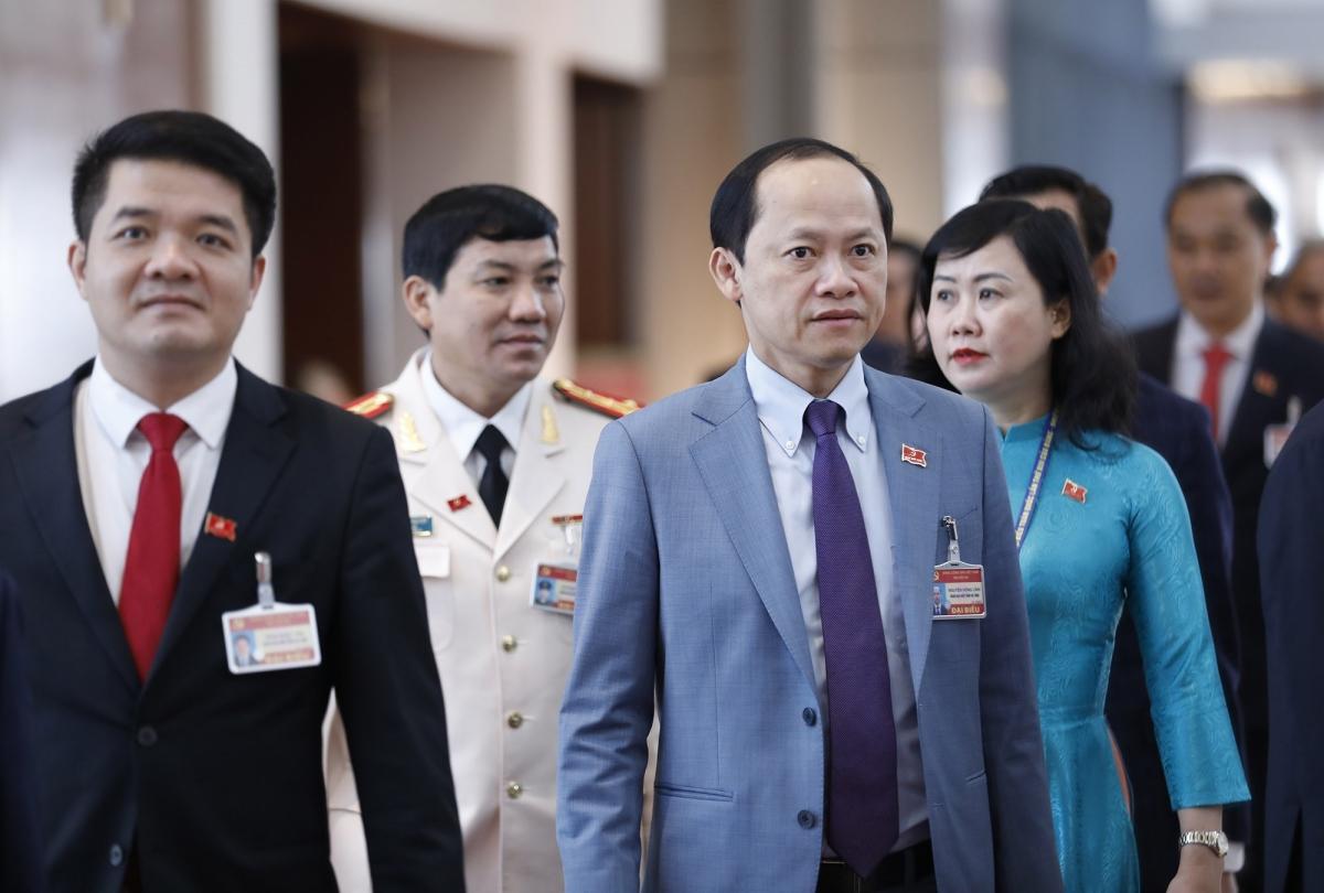 Sáng 1/2, Đại hội đại biểu toàn quốc lần thứ XIII của Đảng họp phiên bế mạc sau 8 ngày họp tại Hà Nội. Trong ảnh: Các đại biểu vào hội trường dự phiên bế mạc.