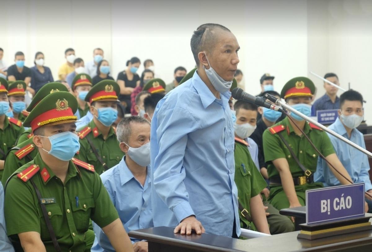 Lê Đình Chức là 1 trong 2 bị cáo bị HĐXX cấp sơ thẩm tuyên án Tử hình về tội danh Giết người.