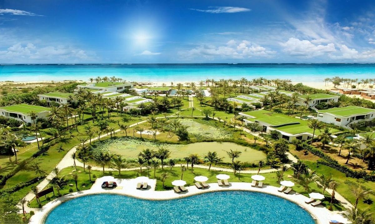 Cam Ranh là điểm đến hàng đầu của du khách trong những chuyến du xuân 2021.