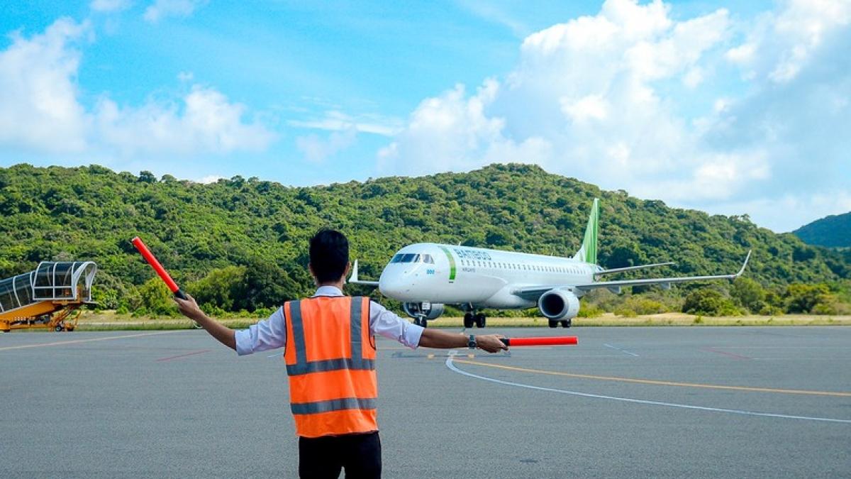 Cần dẹp bỏ tư duy làm sân bay theo phong trào tỉnh nào cũng có sân bay cho oai, còn hiệu quả không thì không tính đến.