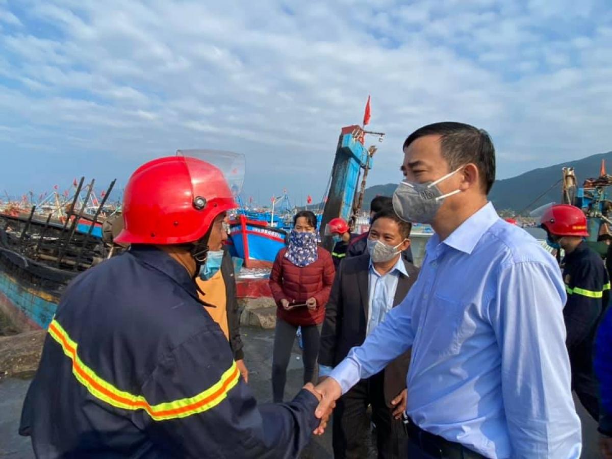 Chủ tịch UBND TP Lê Trung Chinh có mặt tại hiện trường