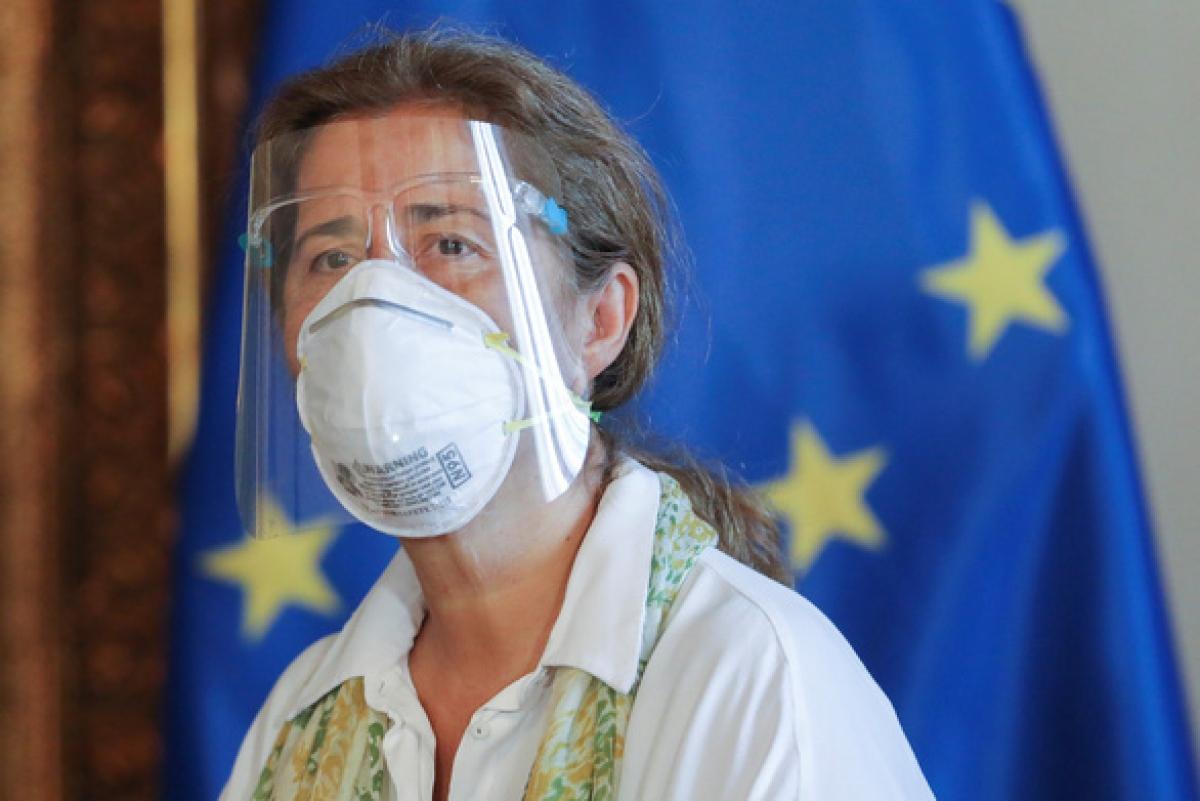 Bà Isabel Brilhante Pedrosa, đại sứ EU tại Venezuela, tại trụ sở cơ quan Bộ Ngoại giao Venezuela ở Caracas, Venezuela ngày 24/2/2021. Ảnh: Reuters