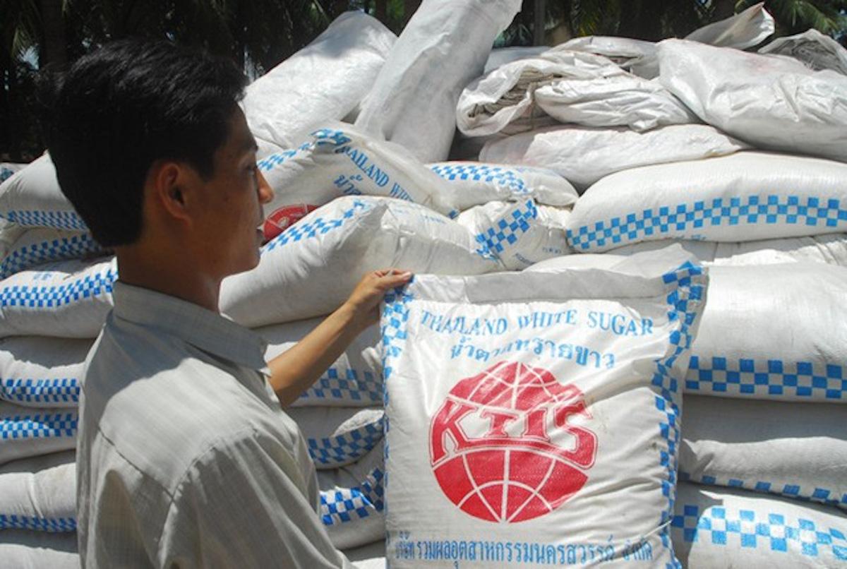 Đường nhập khẩu được trợ cấp và bán phá giá từ Thái Lan tăng mạnh trong năm 2020, lên tới gần 1,3 triệu tấn, tăng 330,4% so với năm 2019.