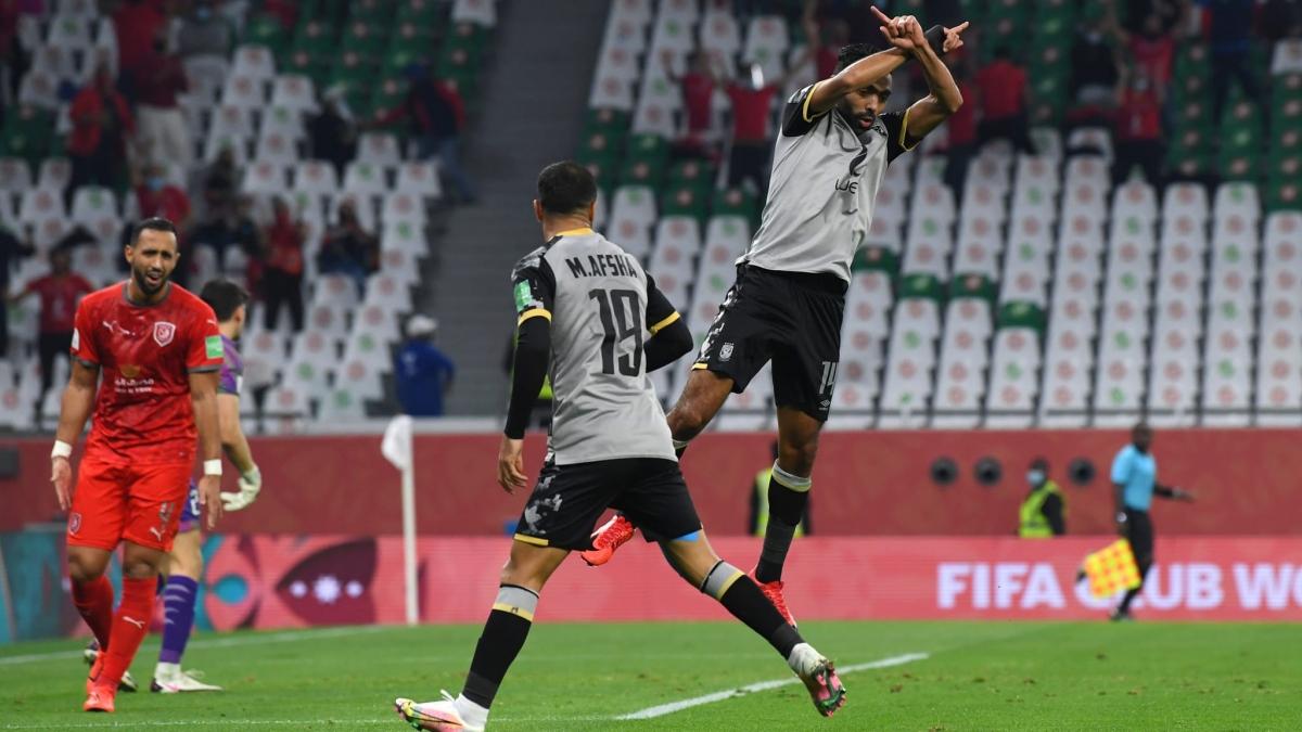 Hussein Elshahat đưa Al Ahly vào bán kết gặp Bayern Munich. (Ảnh: Getty)