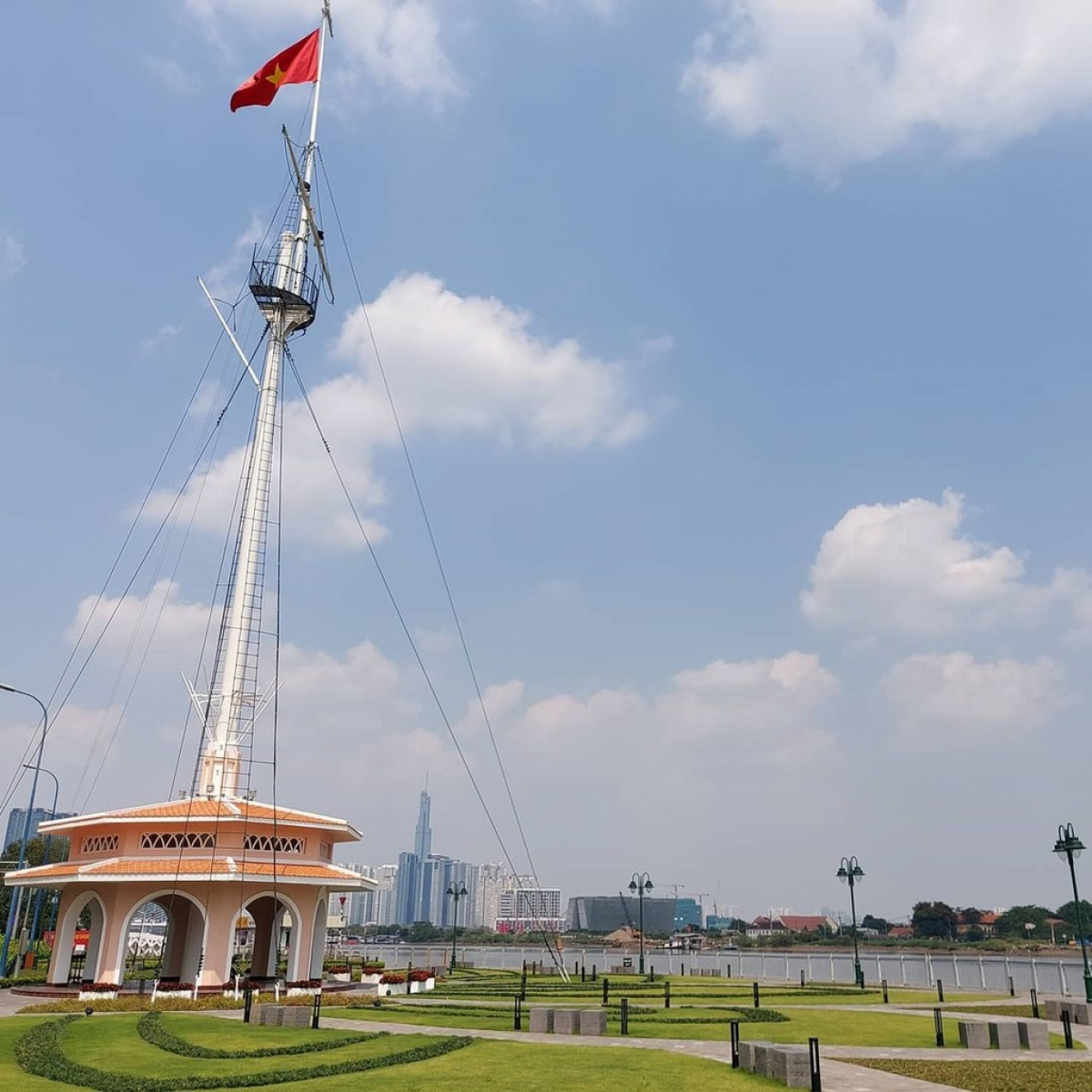Thu Ngu Flag Tower is situated in District 1 of Ho Chi Minh City. Originally built 150 years ago, the landmark has recently been renovated in an effort to turn it into a prominent tourist attraction. (Photo: James Clark)