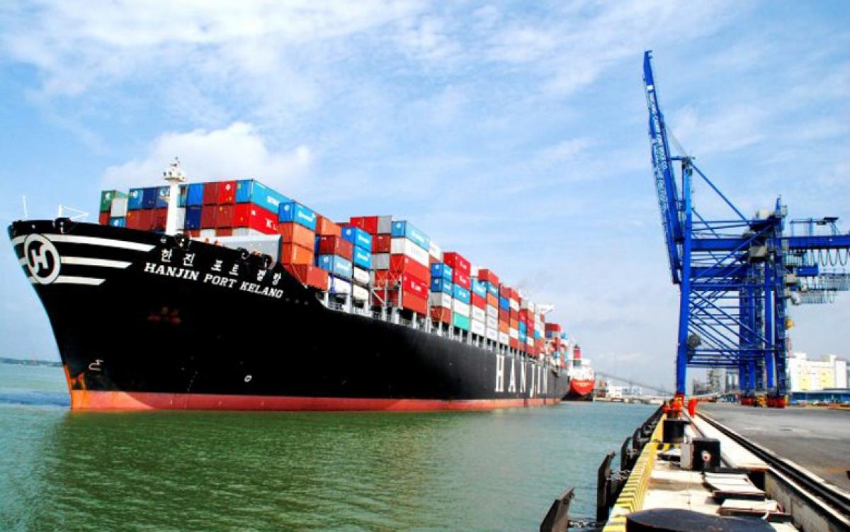 Năm 2020, do ảnh hưởng từ đại dịch Covid-19, các loại hình vận tải bị ảnh hưởng nghiêm trọng và thua lỗ. Tuy nhiên, điểm sáng duy nhất trong lĩnh vực giao thông vận tải là hàng hải và vận tải biển lại có tăng trưởng dương.