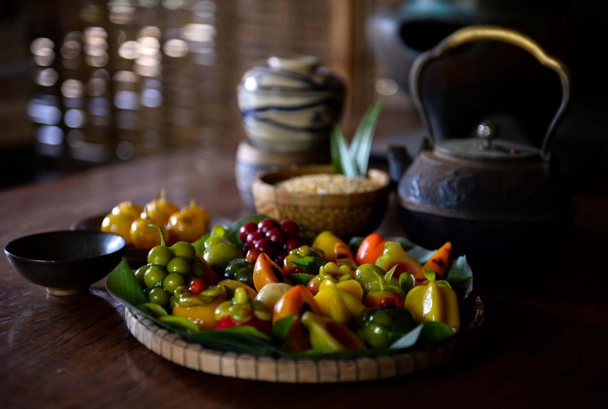 Có thể nói bánh trái cây đậu xanh thể hiện sự sáng tạo thăng hoa của người làm bánh.
