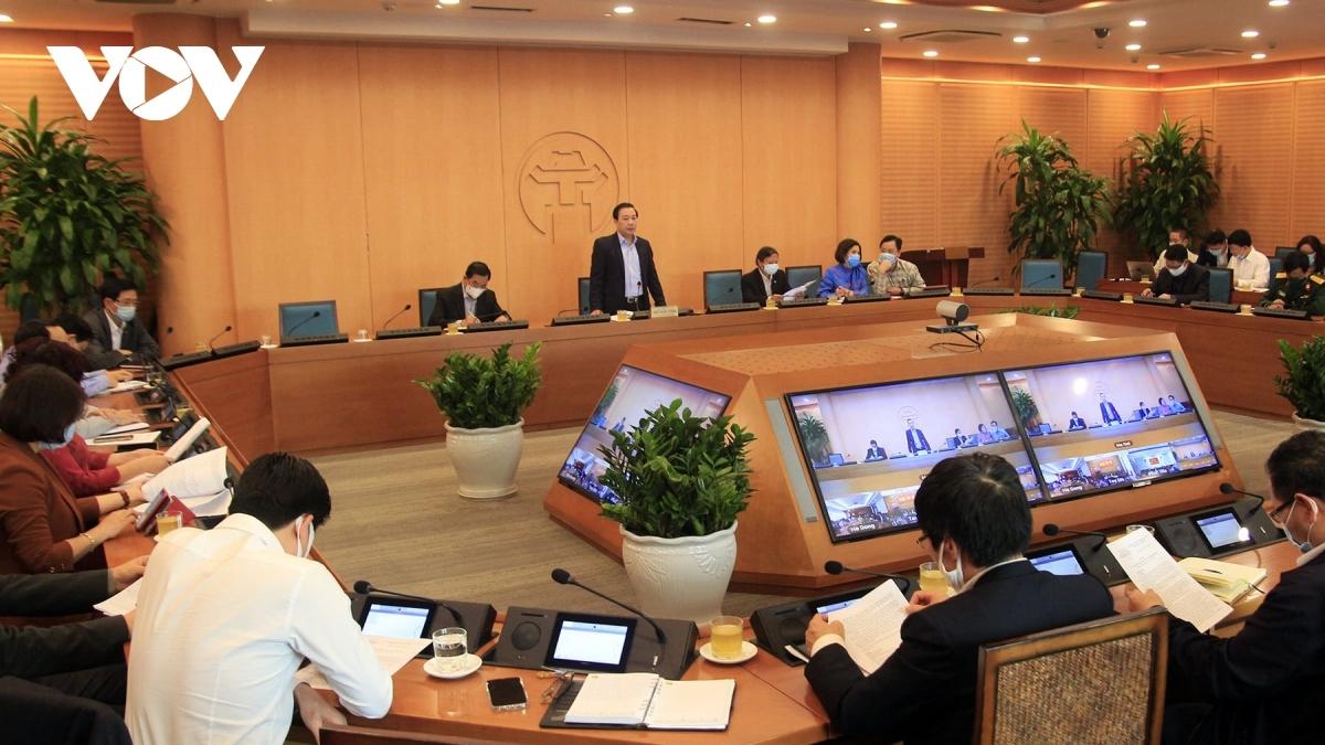 Ban Chỉ đạo phòng chống dịch Covid-19 Hà Nội họp xử lý tình huống.