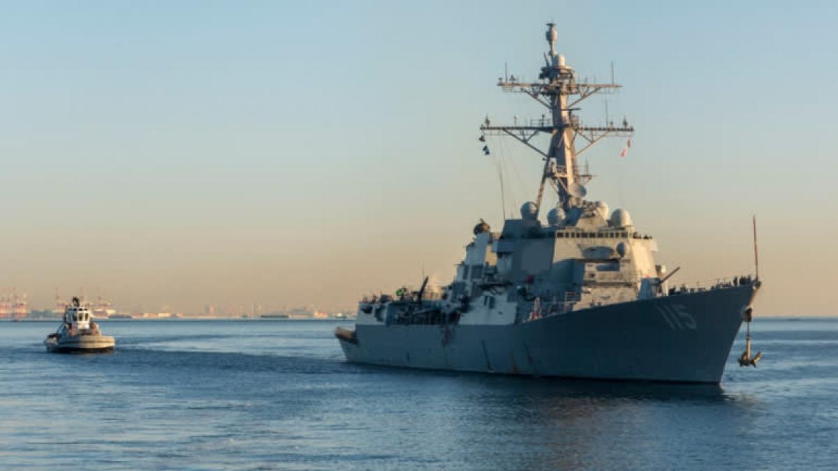 Tàu khu trục USS Rafael Peralta. Ảnh: Hải quân Mỹ.