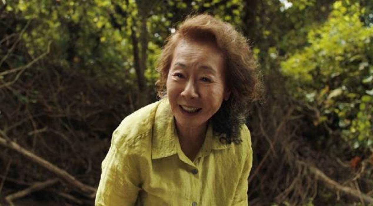 Bà ngoại quốc dân Youn Yuh-jung