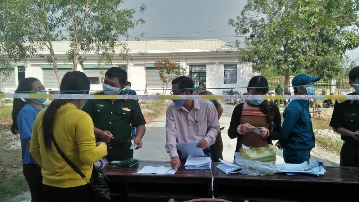 Kiên Giang kiểm soát y tế ở các khu cách ly và tại cửa khẩu.