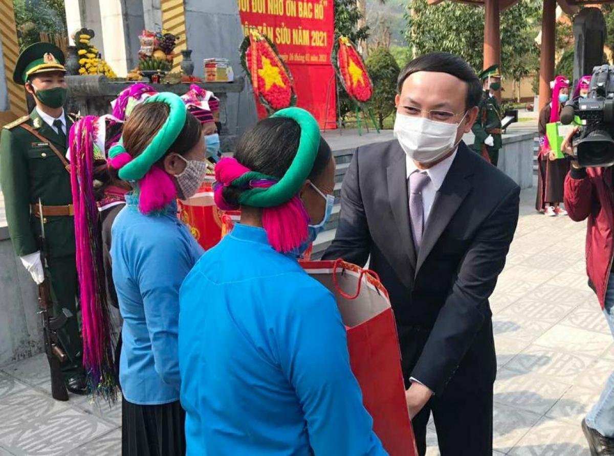 Ông Nguyễn Xuân Ký, Ủy viên TW Đảng, Bí thư, Chủ tịch HĐND tỉnh Quảng Ninh