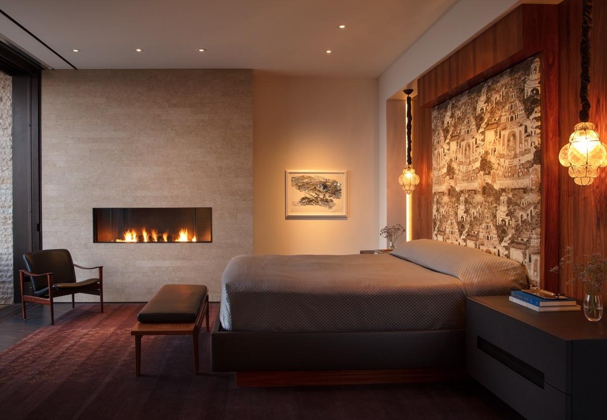 Phòng ngủ tối giản, toát lên sự sang trọng, ấm cúng.