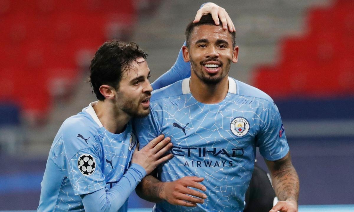 Bernardo Silva và Gabriel Jesus lập công giúp Man City thắng thuyết phục Monchengladbach. (Ảnh: Getty)