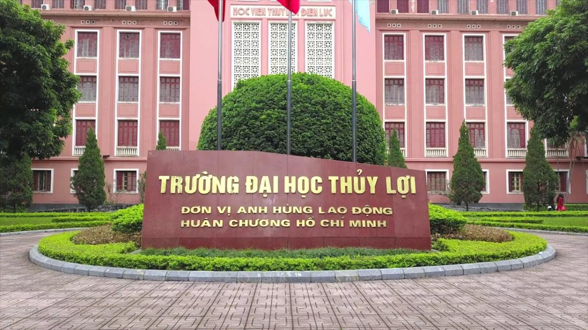 Trường Đại học Thủy lợinhà trường cũng hỗ trợ cho các em sinh viên nước ngoài các món ăn trong ngày Tết cổ truyền của Việt Nam (Ảnh: Minh Họa).