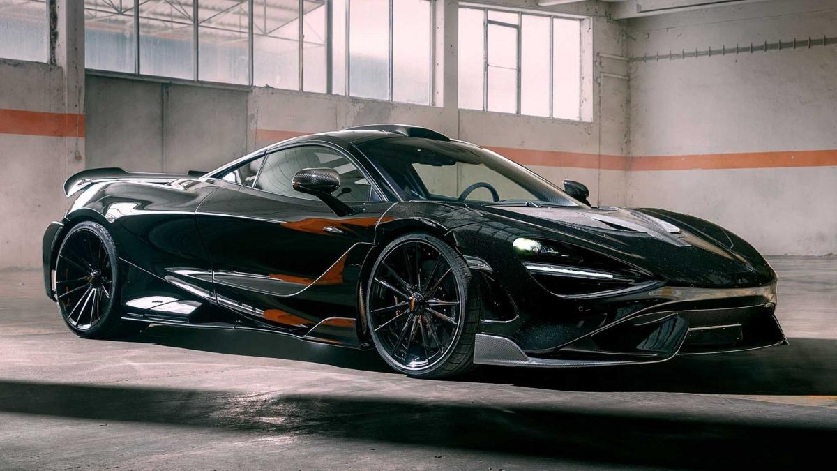 Ốp lườn xe bằng sợi carbon là chi tiết ngoại thất nâng cấp cuối cùng mà Novitec mang lên mẫu xe này.
