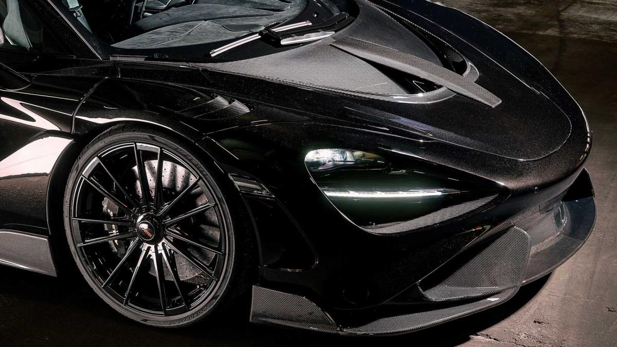 Về mặt hiệu năng, chiếc siêu xe của McLaren sẽ có công suất cực đại 855 mã lực và 898 Nm mô-men xoắn ở gói nâng cấp Stage 2 mạnh mẽ nhất.