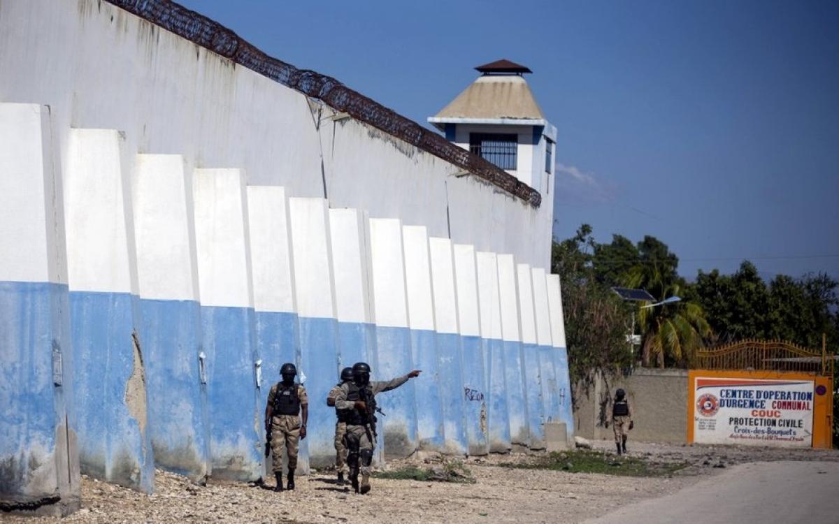 Một nhà tù ở thủ đô Haiti. Ảnh: AP.