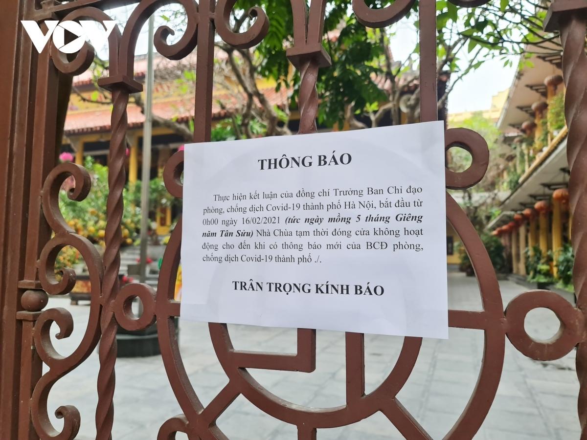 A similar situation can be seen at Quan Su pagoda.