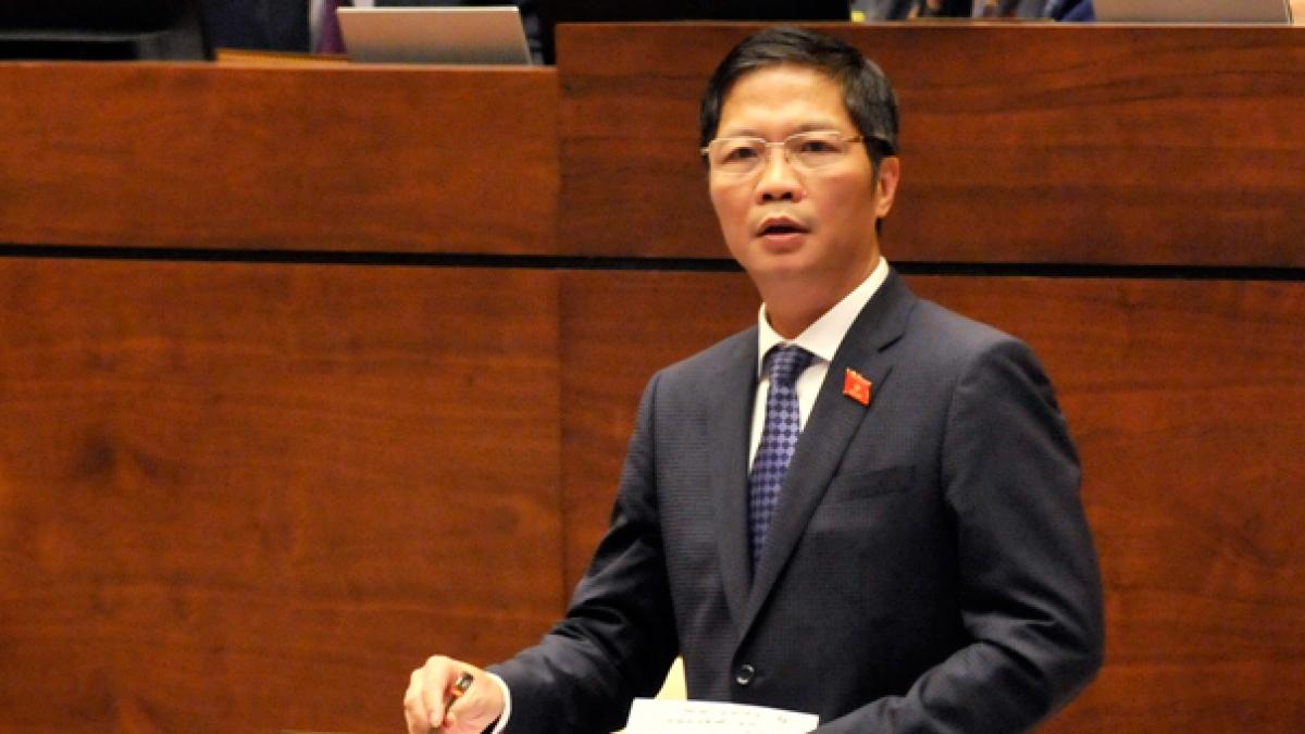 Ủy viên Bộ Chính trị, Trưởng Ban kinh tế Trung ương, Bộ trưởng Bộ Công thương Trần Tuấn Anh.