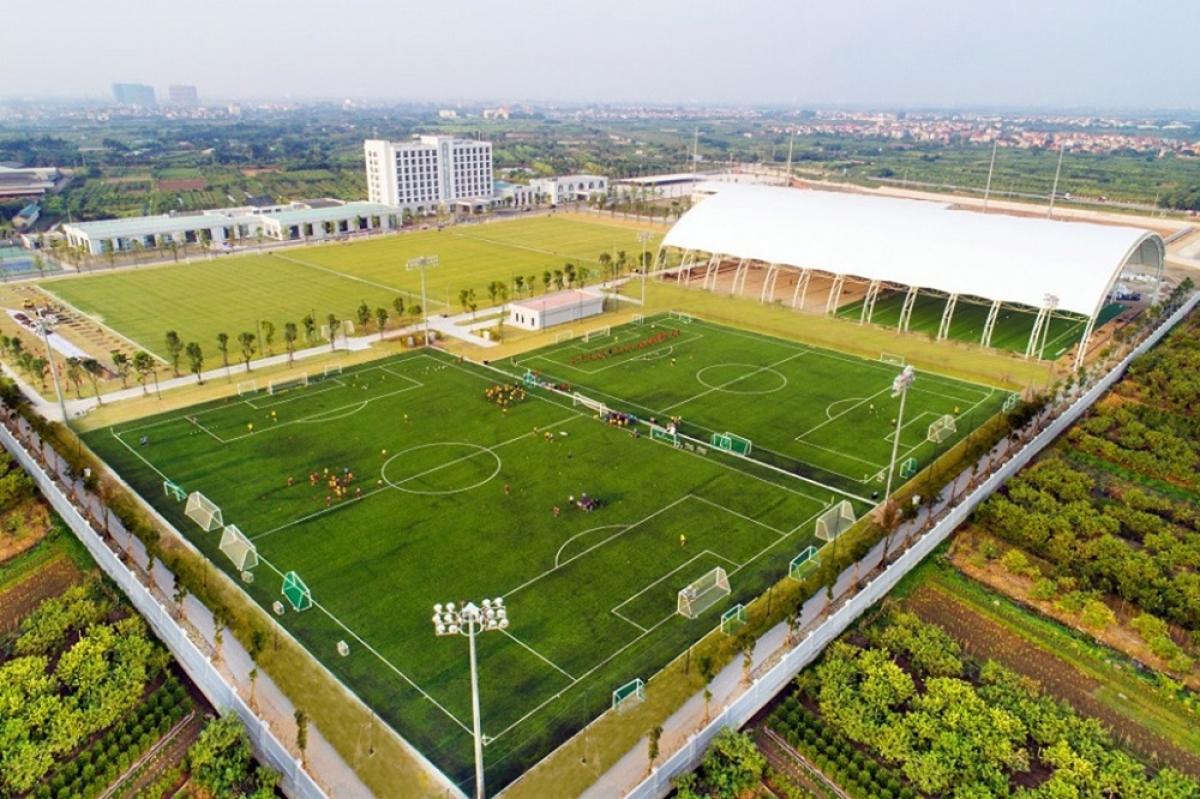 Vingroup chuyển giao PVF cho Tập đoàn giáo dục Văn Lang.