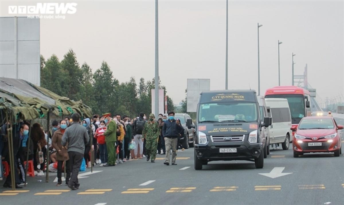Quảng Ninh dừng hoạt động kinh doanh vận tải hành khách liên tỉnh từ 6h ngày 8/2. (Ảnh minh họa)