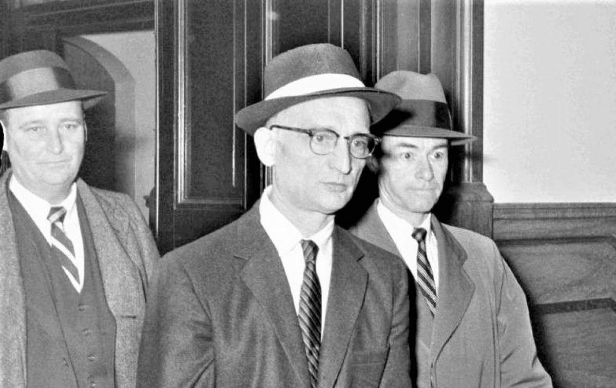 Sỹ quan tình báo Liên Xô Rudolf Abel (giữa); Nguồn: topwar.ru