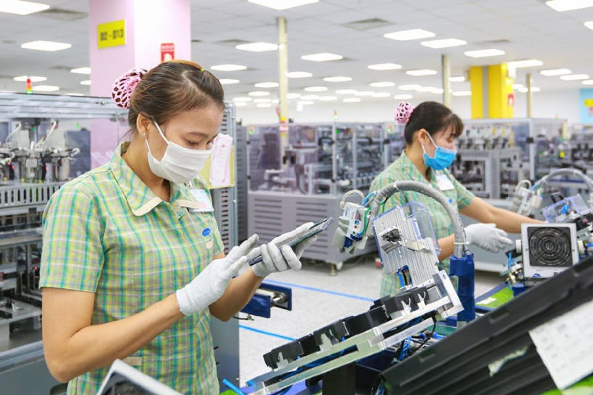 Xuất khẩu năm 2021: Phải tận dụng những cơ hội hiếm hoi | VOV.VN
