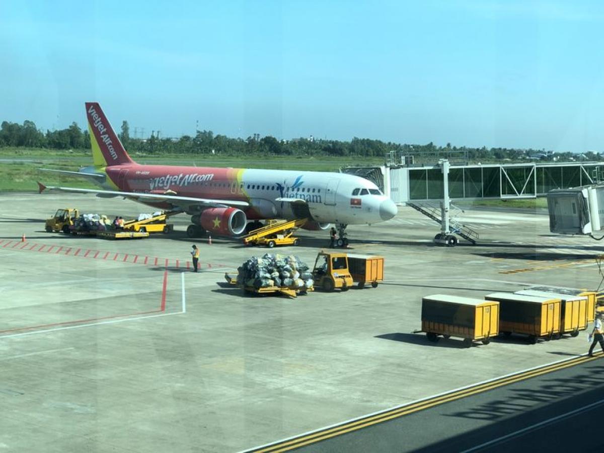 Nhiều sân bay hiện nay đang hoạt động cầm chừng và thua lỗ.