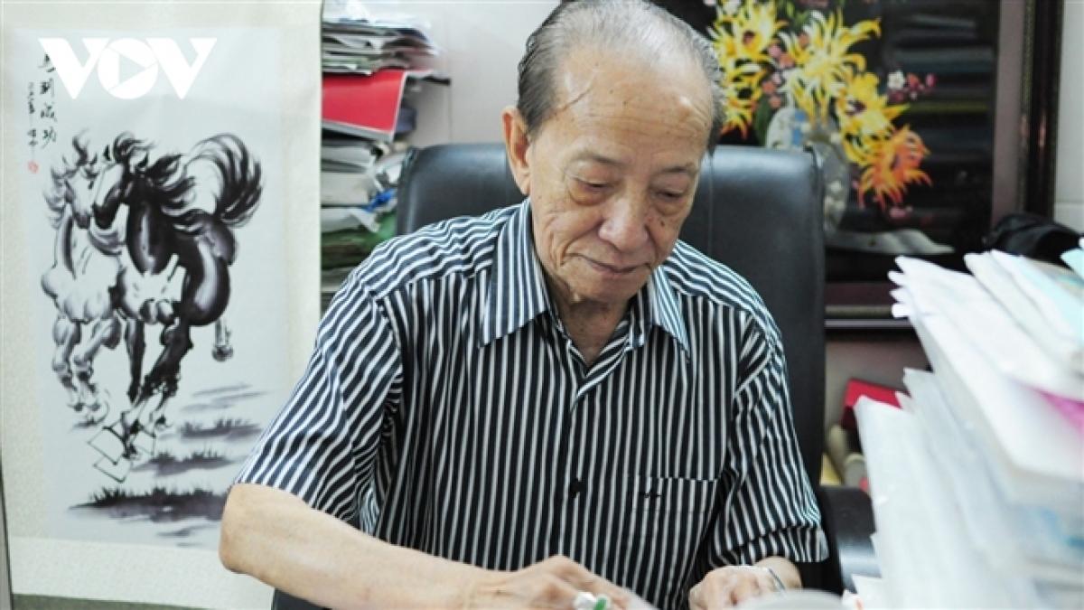 GS Nguyễn Tài Thu là một tên tuổi lớn trong lĩnh vực châm cứu chữa bệnh.