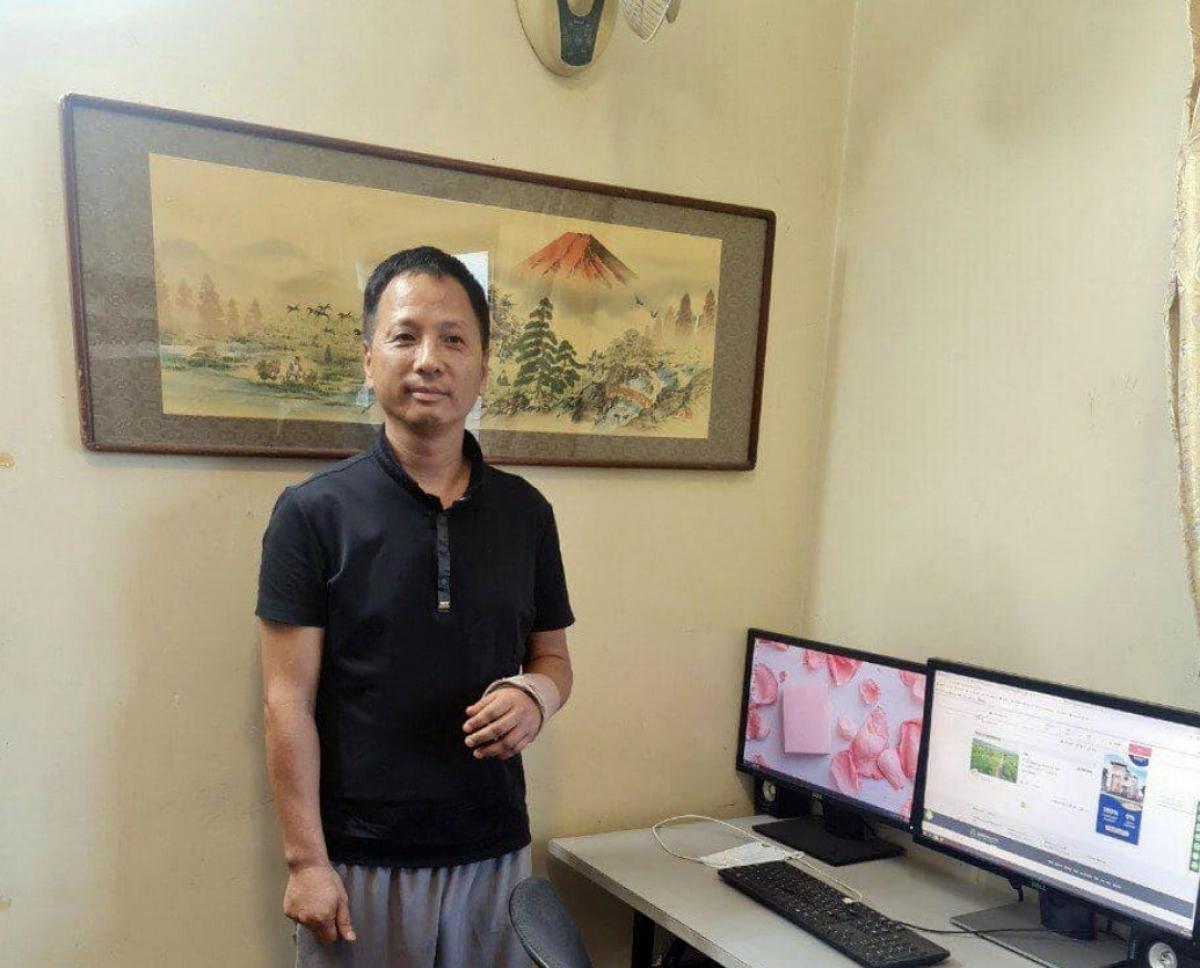 Thẩm Khải Đông (Shen Kaidong), chủ bút của tờ báo Angkor Today. Ảnh mtv-today.com.