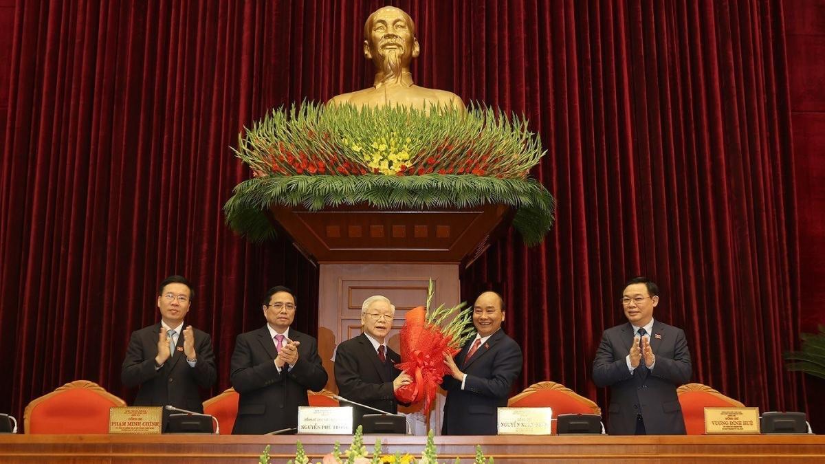 Tổng Bí thư, Chủ tịch nước Nguyễn Phú Trọng tiếp tục được bầu giữ chức Tổng Bí thư Ban Chấp hành Trung ương khoá XIII