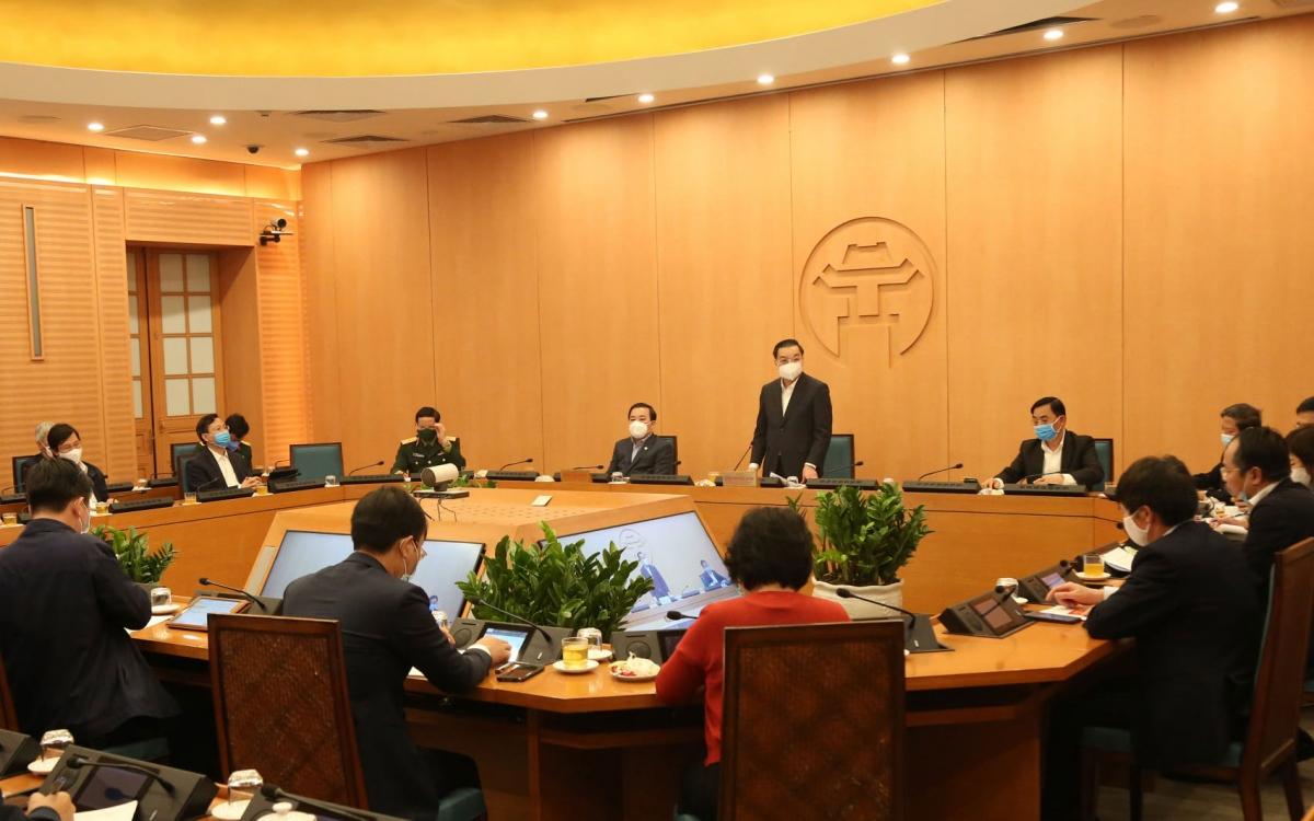 Chủ tịch UBND TP Hà Nội Chu Ngọc Anh yêu cầu giám sát chặt người từ vùng dịch không để sót.