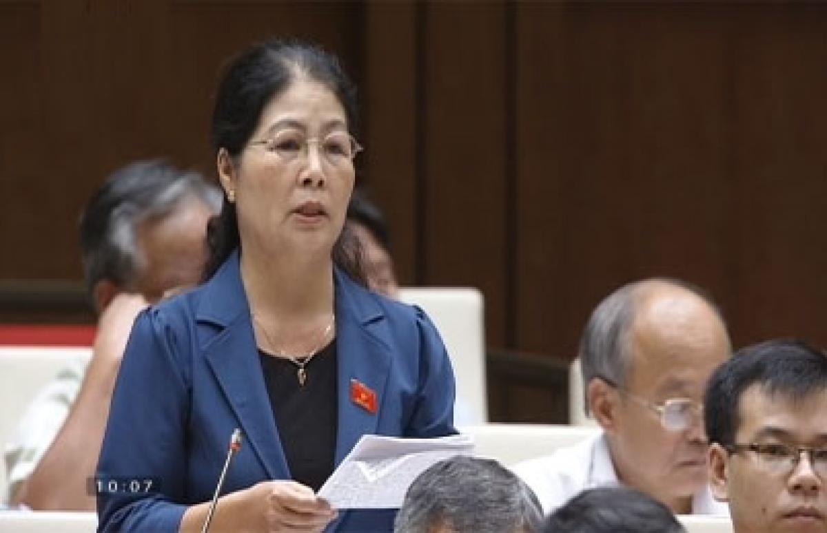 Bà Trần Thị Hoa Sinh