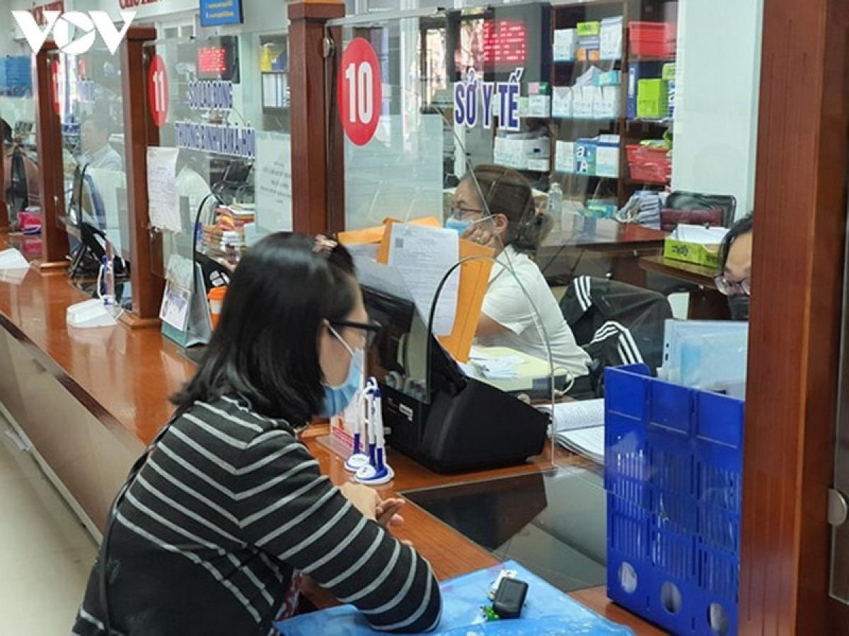 Bộ phận tiếp nhận thủ tục hành chính Trung tâm hành chính thành phố Đà Nẵng